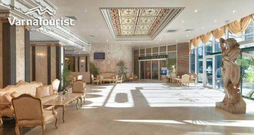 Hotel Planet12