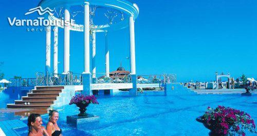 helena resort11